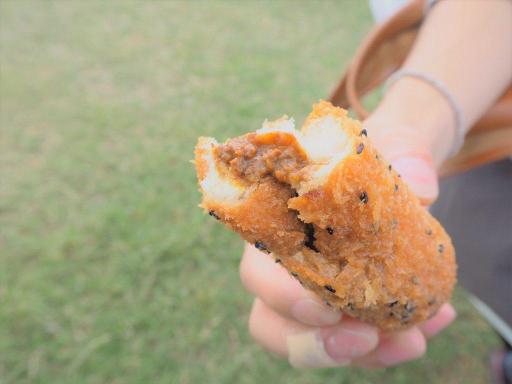 manpaku-currypan3