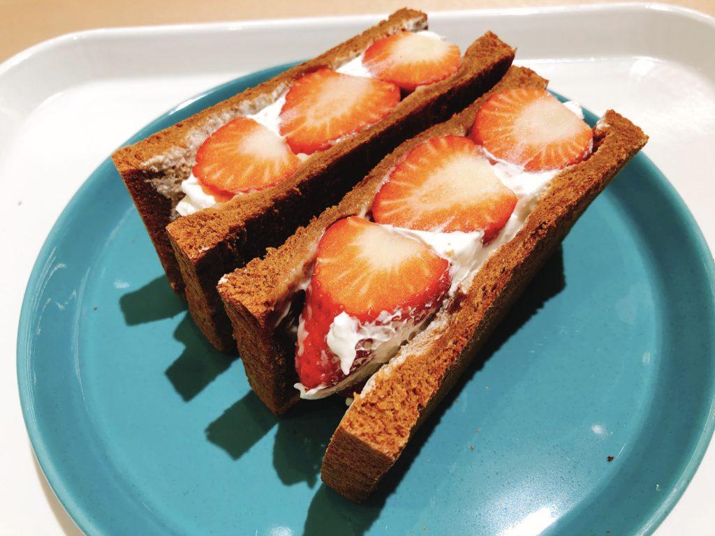 horiuchikajituen-sandwich1