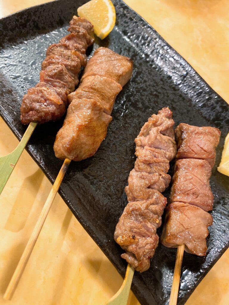 motuyakimatui-akamotu-tongue